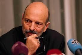 صورة لماذا لم يعيّن الرزاز وزير دولة لشؤون رئاسة الوزراء