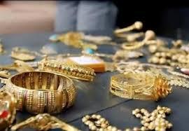 صورة الأمن يكشف ملابسات سرقة مصاغ ذهبي من احد المنازل في الجويدة.. والقبض على مطلوب ارتكب 25 سرقة