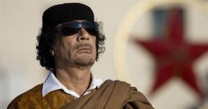 """صورة شاعرة أردنية تكشف جوانب في شخصية القذافي .. """"تفاصيل"""""""