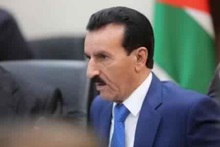 صورة النائب العكايلة يطالب بمحاكمة الملقي وحجب الثقة عن الرزاز