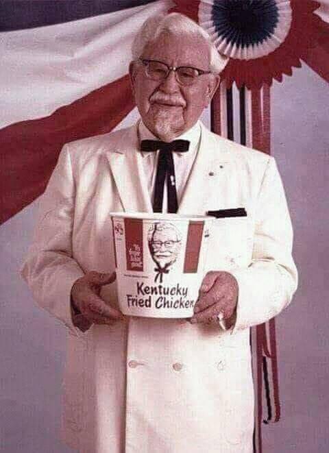 """, قصة كفاح لمؤسس """"KFC"""" …. تفاصيل مثيرة"""
