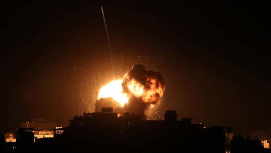 صورة الاحتلال يقصف موقعاً شمال غزة