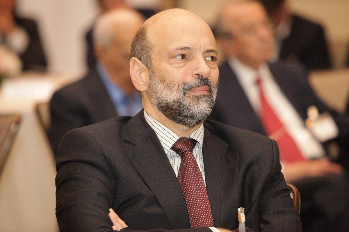 صورة الرزاز: أولوية الحكومة دعم الأجهزة الأمنية و تعزيز الأمن الوطني ..