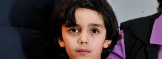 صورة تعرف عليه ..  عمره 7 سنوات ولوحاته تباع بآلاف الدولارات