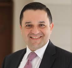 صورة وزير المالية يوعز بشراء كمامات طبية تم التحفظ عليها