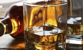 صورة الحكومة تعدل التعرفة الجمركية للمشروبات الكحولية